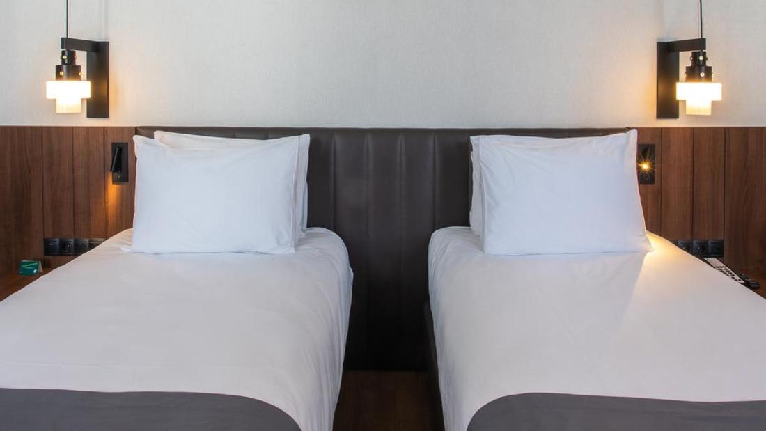 სასტუმრო Holiday Inn